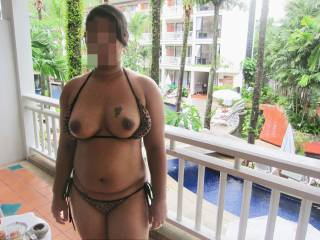 2013 summer vacation!!! Flashing to pool side