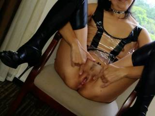 Slave wife who wants to be exposed outdoors