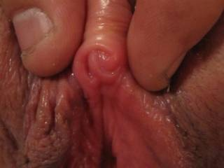 mmm  nice hot clit mmm love to be licking it til I get all your sexxxy juices mmm
