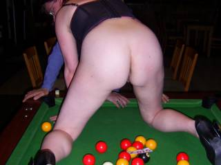 i will take pink or brown! as i am hopeless at pool LOL!