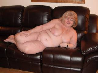 wow  amazing sexy body  WOuld love to explore it all right there on the couch  Its ok  any juices will wipe off mmmmmm