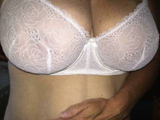 Love to feel your tongue on my pussy and on my nipples..:) would like to let you suck my nipples i like a warm wet mouth cover my breast and make my nipples wet...what do you say :)