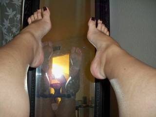 It would be so hot to have my hubbies cock stroked by your hot little feet and then have him shoot a nice warm load on them so I could lick and suck them clean. Just a little fantasy of ours. cant wait to see more. Oh and my hubby loves your feet and your cute toes Dee