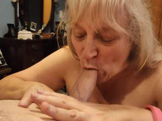 This married woman has an insatiable appetite for cock! I just love sucking cock, and swallowing my reward. Want to help me, dear?