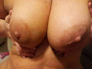 Mmmmm incredible tits...perfect size, shape, big aerola (my favorite!) and nipples that I would love to suck on and cum on!!