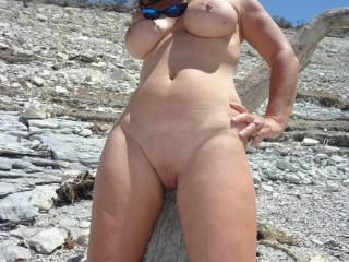 I love your photos, six wonderful one, a lot sexy, your sublime body thanks for the pleasure that mine you have given. Your man is lucky