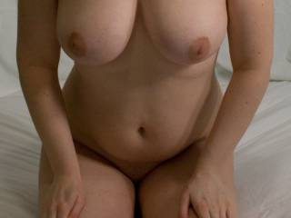 I love your body. It would be hard not to cum on your beautiful tits while your are sitting there.