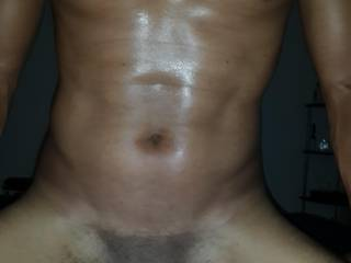 she loves to see me sweat while i pound her pussy hard