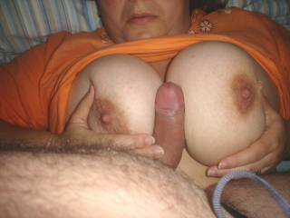 Target: to cum all over wife\'s tits after fucking tities.
