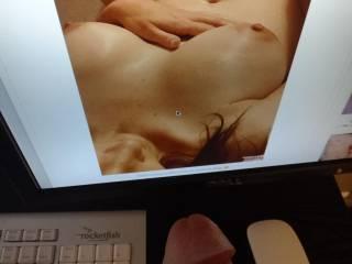 God Amy has such Big Fuckable boobs.......Wow
