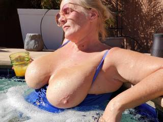 Did you miss me? I missed you! 2021 suns out tits out!  The sun makes me so horny!