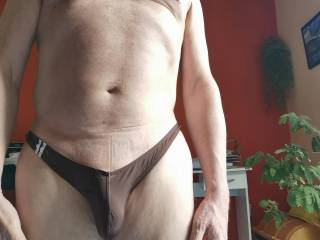 I like small, skimpy undies