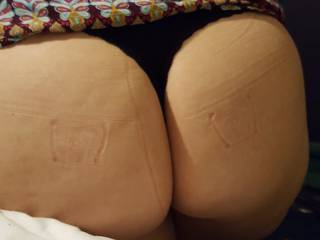 Ass jus simply too big for the jeans lol