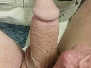 🍆😁lov playing when my cock git's hard