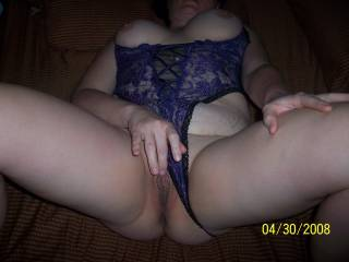 mmm, very hot...would love to lick your pussy while you rub your clit
