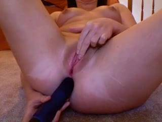 that's really hot, I like the part when you pass off the pussy dildo to your ass hand, and take up pleasuring your pussy with your bullit.
