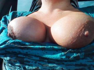 love those hard nipples sexy lady!!! perfect for sucking and licking and pulling!!
