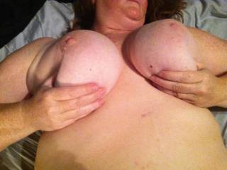 oh hell yessss i wanna suck and nibble them and really titty fuck u and cum all over those perfect tits, love those nipples!!