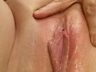 mmmm bby i'll rub my face in ur wet pussy then lick her clean