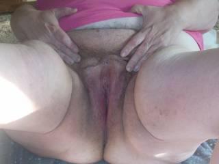 if i was in your area i would definatly want 2 fuk u and eat ur plump pussy mmmmmmmmmmmmmmmmm