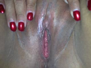 Would love to see if a good licking would make that sweet pussy squirt.