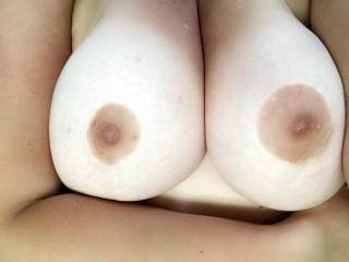 I wish you were here to rub my big breasts and suck on my hard nipples! 😏