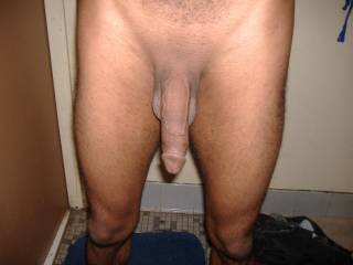 whats not to like that fucker is so big and i love a smooth shaved cock too