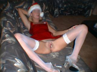 i will if you stay like this, then i can fuck your face while i play with your cunt, then fuck your pussy and arse and pump some cum deep into you, merry xmas!