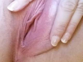 Now isn't this a sweet pink pussy ?