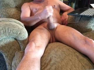 A little longer masturbating for fun. Hope you enjoy. Let me know what you think!! 👌
