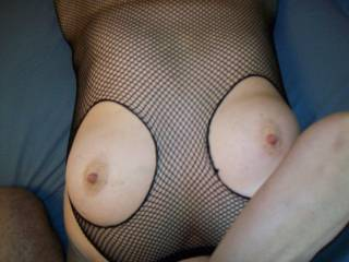 mature tits to be sucked & played with