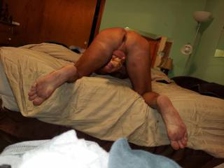 when I was stripping..in a gay bar I took off my G~String/thong layed on my back & jerk off for the crowd..then..I hoped over with my ass up..head down.andj JOwith my ass spread .and my cock stick out as I stroked..the CROWED was going wild.just like this