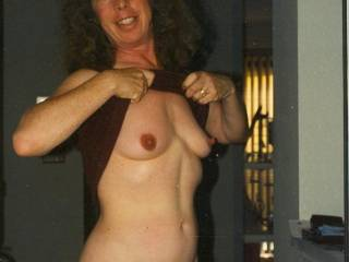 showing off for hubby\'s friends