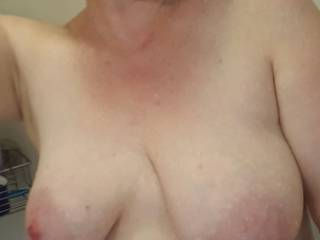 Heavy and full of milk... who wants to suck these huge titties?