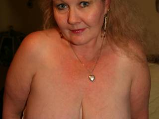 WOW - Gorgeous TITS - can I taste them????? Cum to Orlando and I'll cum all over your big tits.
