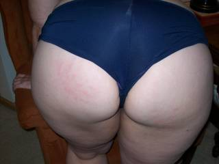Lupo\'s wife from her on zoig was down to her panties in seconds after walking in the door.  Gotta love a good slutty swinger/hotwife.  Her cuckold Lupo was at home during this