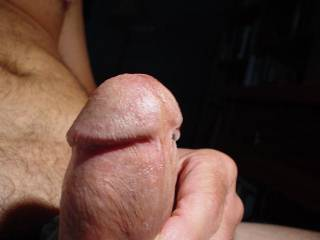 closeup of my cockhead..comment welcum