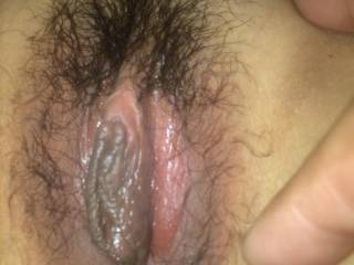 yummy my wife pussy lips, u wanna lick her pussy???
