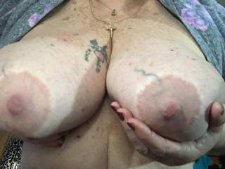 My big beautiful tits need attention…who wants to oblige me