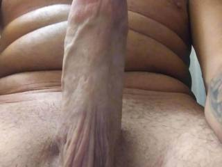 I love showing my big cock off especially sucking it in vid chat live