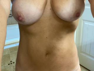 Selfie for the hubby and my boyfriend while getting ready for work. They both love my selfies. Do you?