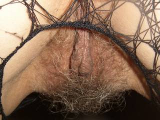 My tongue is aching to give her succulent pussy a long licking for mind blowing wet orgasms soaking her sexy bush and my face MMMMMMMMM