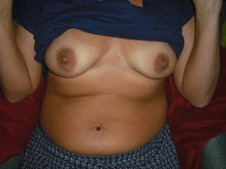 mmm nice titties. those nips need sucking. mmm