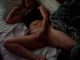 great vieo, love her tits....made me really hard, like to cum all over those beautiful tits