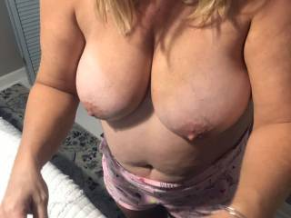 these big tits and hard nipples are waiting for some downriver guy\'s to cum use them..
