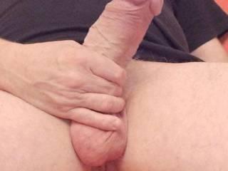 i wish i was sucking that thick cock!