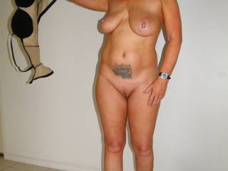 Wud luv you to sit on me, slip my cock into your pussy, and then fuck me nice and hard.