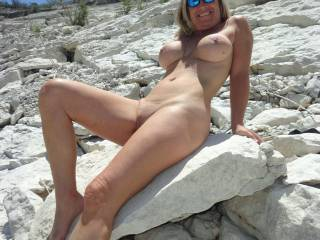 i'd like to make her moan with the sun beating down on her out in the park, feeling how wet she is as i'm inside her, taking her bareback and thrusting my throbbing meastick in her until i explode a hot thick cum load, then you mount her doggystyle and give her a pounding and make sweet music and splish splash of her cum drenched puss