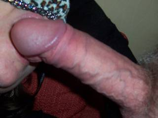 i want to be next and let her mouth play with teeth on my cock, the dare makes me so hard *nibble*