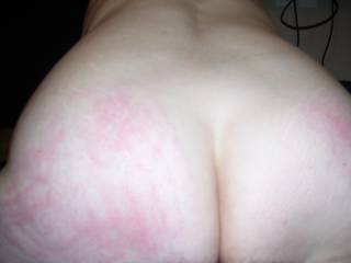 Cum sluts got the red ass after an ass fucking!! She likes that ass slapped with a cock in her ass it makes her cum harder!! Any of you ladies like this? Guys any suggestion or dirty comments?
